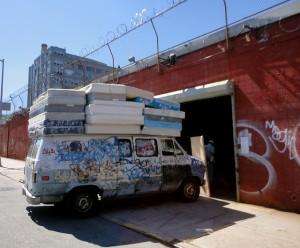mattress truck 1