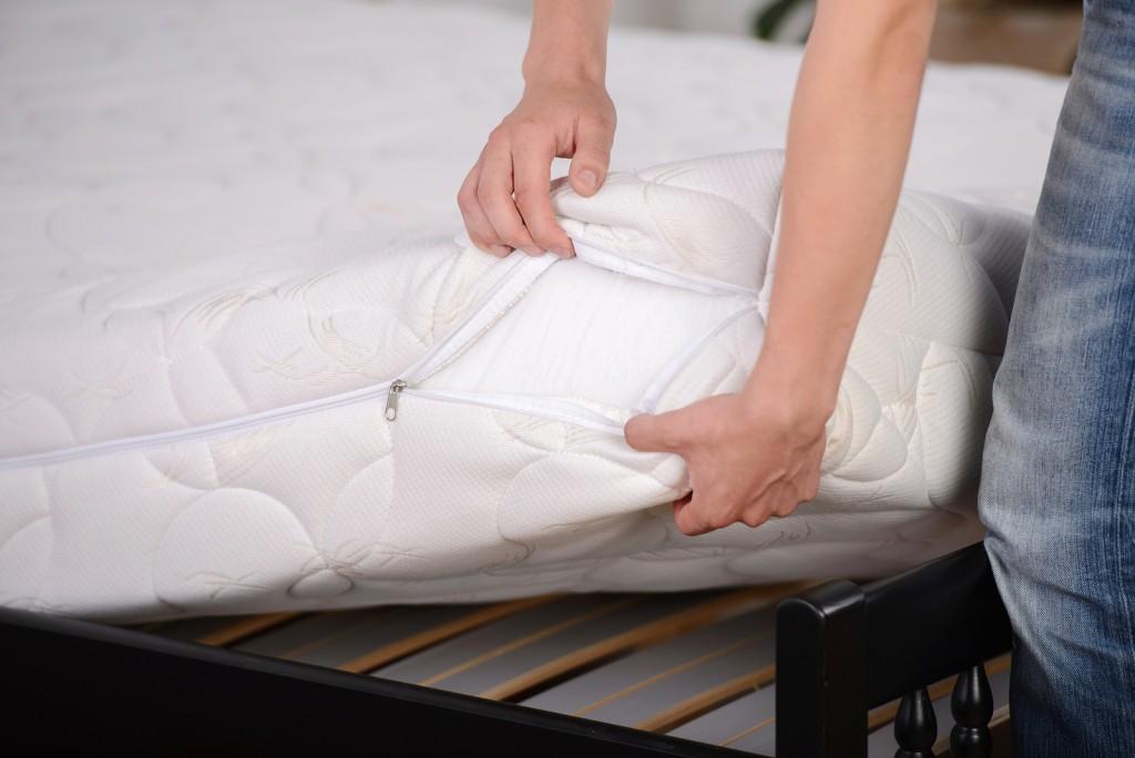 unzipped quality mattress